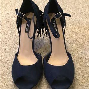 Navy fringed heels